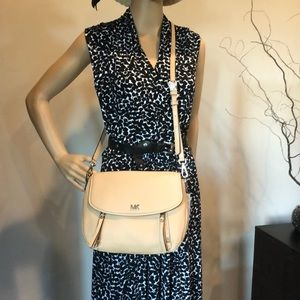 *SALE* Michael Kors Crossbody/Shoulder Convertible